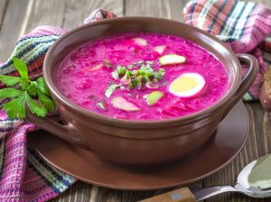 Šaltibarščiais aplink pasaulį - 9 skaniausi šaltų sriubų receptai