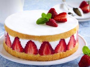 Gaivūs vasariški tortai - dalinamės 27 puikiais receptais!