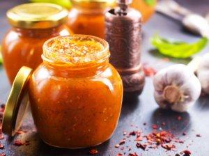 Saugome rudens gėrybes žiemai - 39 mišrainių, uogienių, padažų ir pagardų receptai