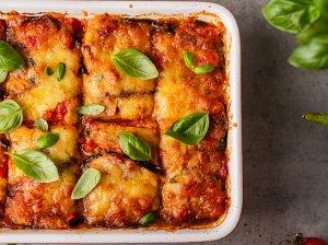 Itališkas baklažanų, pomidorų ir sūrio apkepas