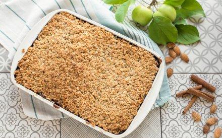 Obuolių pyragas be cukraus ir kvietinių miltų