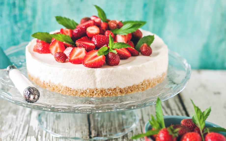 16 puikių varškės tortų ir pyragų receptų