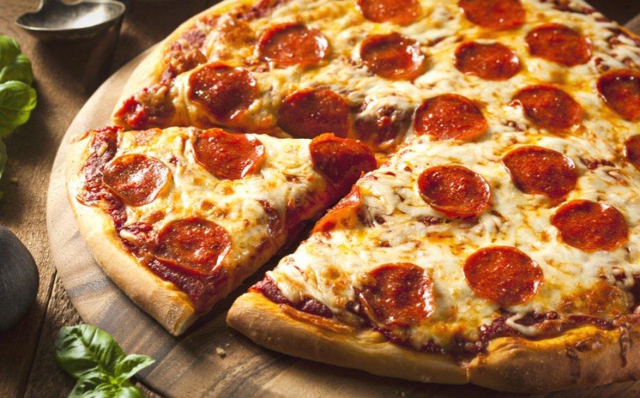 Kepam picą! Tradicinę itališką, be minkymo ir net keptuvėje - 29 puikūs picos receptai