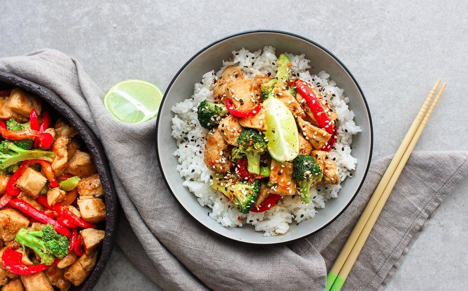 Kaip lengvai paruošti maistingą Stir fry? Pagrindiniai principai ir žingsnis po žingsnio receptas!