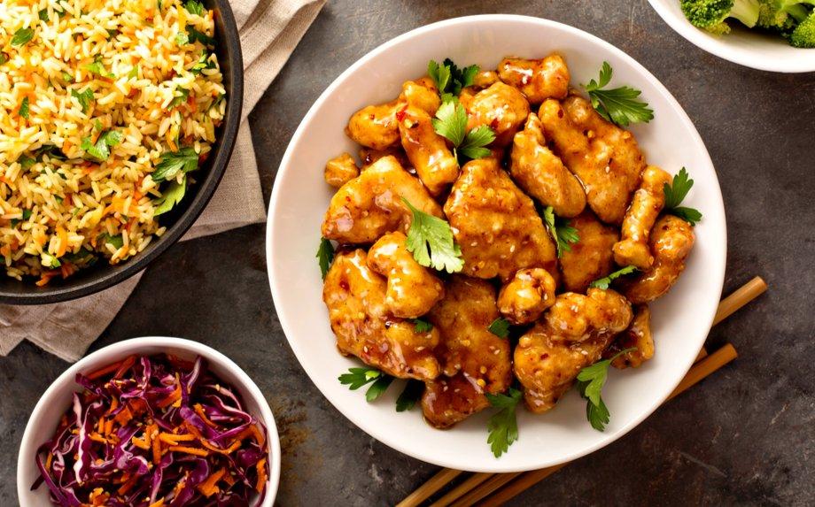 Azijos virtuvių keliais - 36 ypatingos, bet nesudėtingos vakarienių idėjos