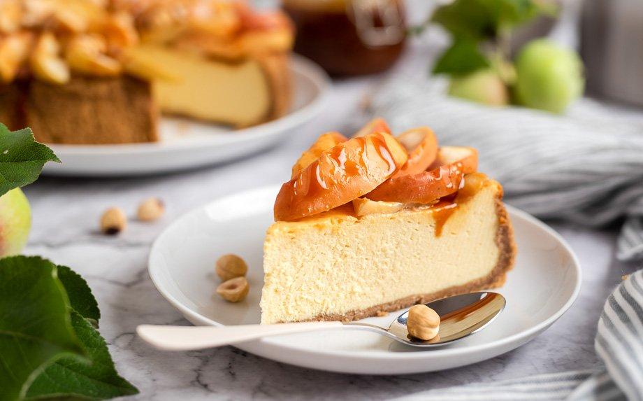 Sūrio tortas su obuoliais