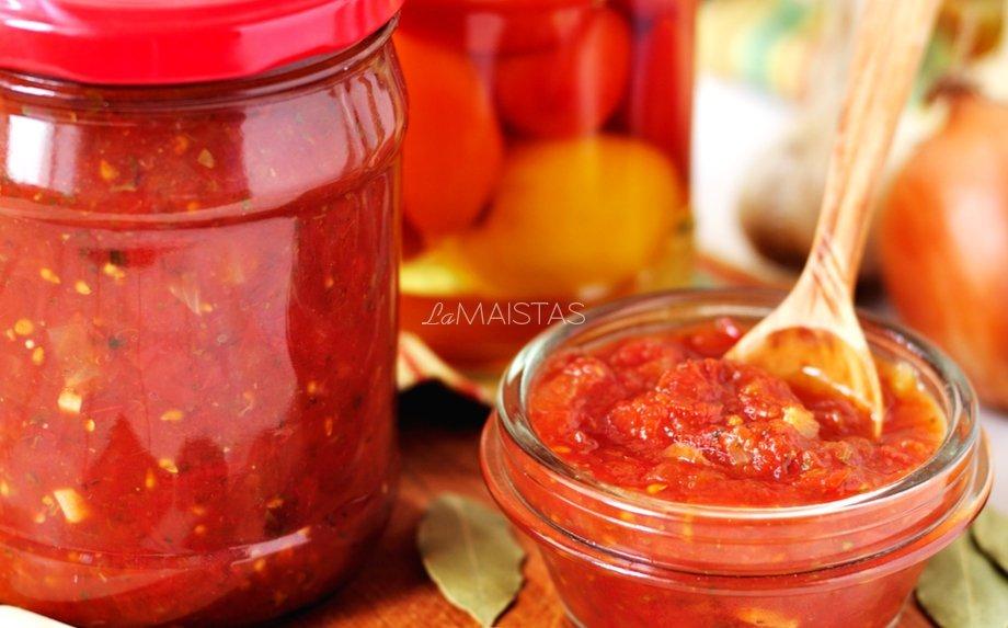 Naminis itališkas pomidorų padažas žiemai