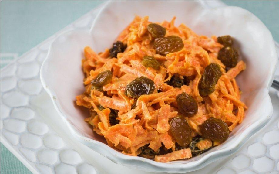 Pikantiškos morkų salotos be majonezo