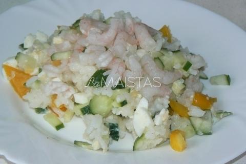 Salotos su krevetėmis ir ryziais