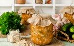 Agurkų ir perlinių kruopų sriuba žiemai