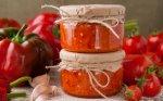 Pomidorų ir cukinijų mišrainė žiemai