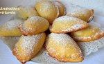 Varškinės tešlos pyragėliai su obuoliais