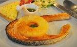 Lašiša su ananasais