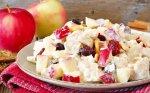 Vištienos salotos su obuoliais be majonezo