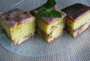 Pyragas su sutirštintu pienu ir persikais