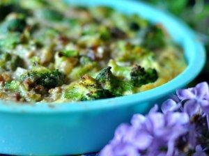 Labai skanus brokolių ir maltos mėsos pyragas