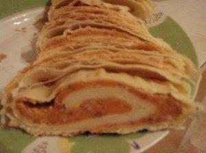 Pyragas su pupelių įdaru