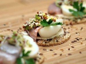 Sotiems pusryčiams – užkandis su šonine ir kiaušiniais