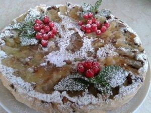Šermukšnių - obuolių pyragas su sausainiais