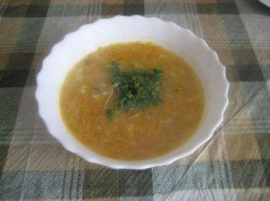Trinta cukinijų ir žiedinių kopūstų sriuba