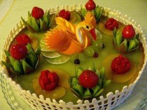 """Šventinis tortas """"Gulbė princesė"""""""