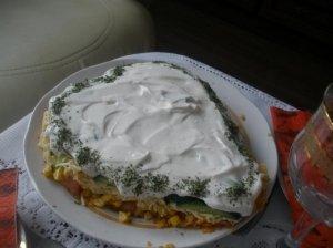 Vištienos ir daržovių salotos
