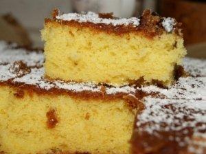 Pyragas su rabarbarų džemu