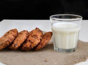 Šokoladiniai sausainiai (Chocolate chip cookies)