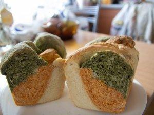 Spalvota duona