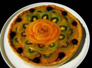 Tortas su imbieru, medumi, citrina bei maskarponės kremu