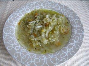 Mamos raugintų kopūstų sriuba