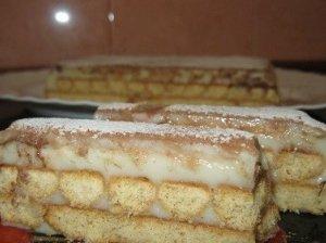 Sausainių tortas su grietine