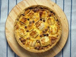 Obuolių pyragas su vanilės padažu