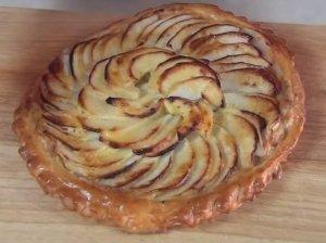 Greita obuolių tarta