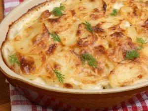 Karališka vištienos ir bulvių užkepėlė - greita ir skanu
