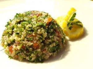 Pavasariškos Tabule (Tabbouleh) salotos