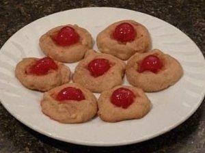 Sausainiai su vyšniomis