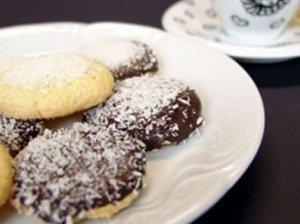 Sausainiai su tarkuotu šokoladu