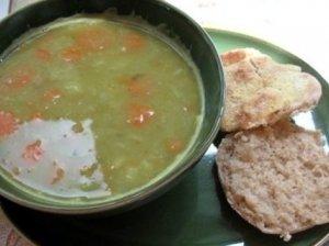 Žirnelių sriuba su vištienos kukuliais