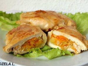 Sultinga ir minkštutė įdaryta vištienos krūtinėlė su apelsininiu padažu