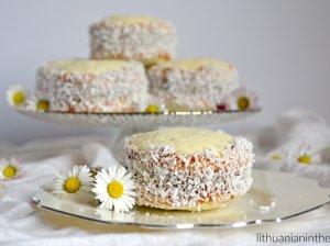Alfajores - sviestiniai sausainiai su karameliniu įdaru