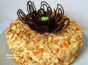 Migdolinis Andželikos tortas be miltų