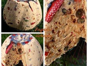 Greitas nekeptas meduolių tortas su uogomis