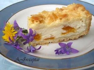 Varškės pyragas su džiovintais abrikosais