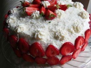 Gaivus braškinis tortas