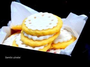 Sviestiniai sausainiai su citrinos nata