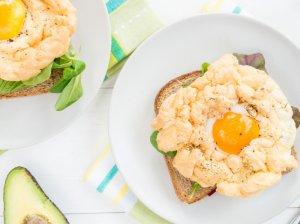 Kiaušiniai debesėliuose - žavingiems pusryčiams!