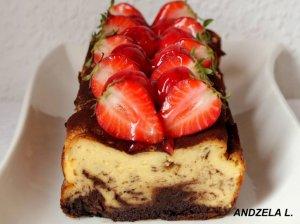 Nuostabus varškės apkepas-pyragas su šokoladu ir uogomis