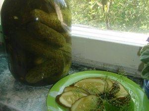 Marinuoti agurkėliai žiemai - mūsų šeimos receptas