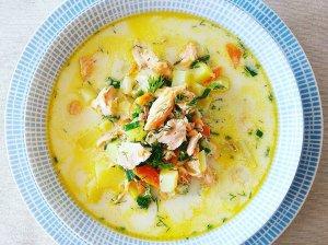Vasariška kepto upėtako ir daržovių sriuba